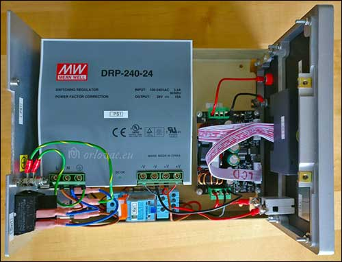 Power Supply DPH3205 top view